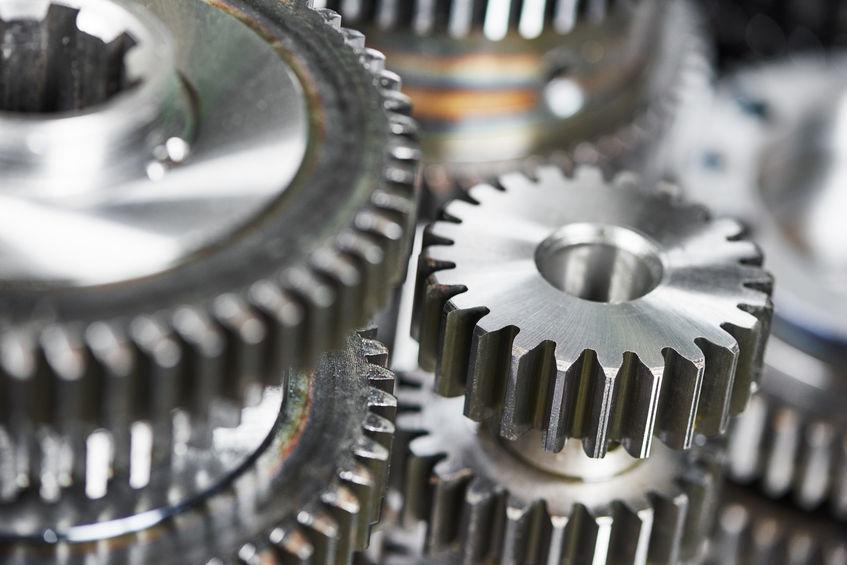 Milyen előnyökkel bír a CNC esztergálás?